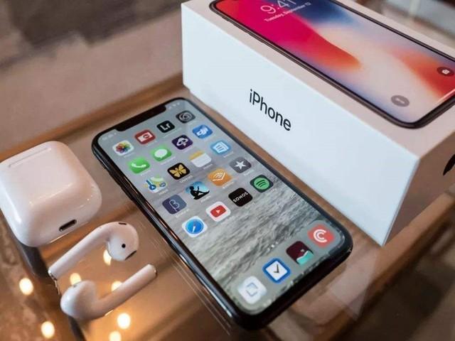 苹果疑封杀iPhone有锁机 劝各位没事别刷机