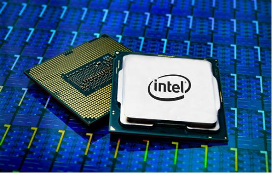 """Intel高工:研發CPU需4年時間、外界應關注""""療效""""而非只盯制程"""