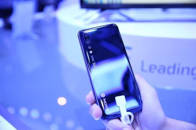 中兴首款5G手机即将上市 高管透露价格极具竞争力