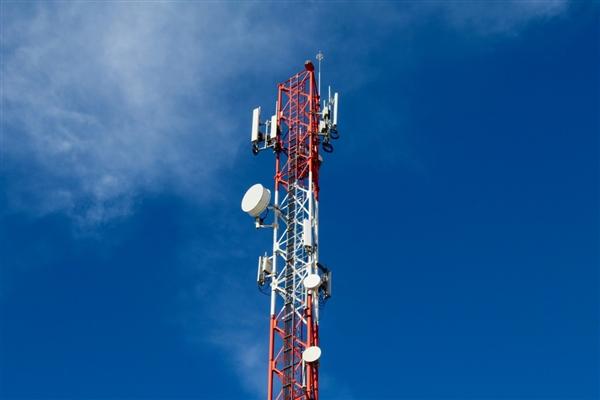 移动联通电信客服回应4G降速:没有的事儿