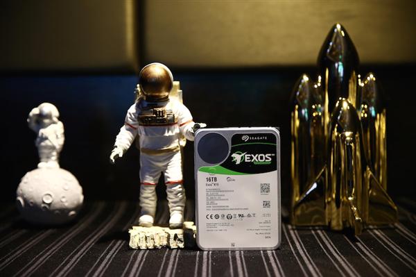 Intel中国官微科普:HDD单碟和双碟有何区别?
