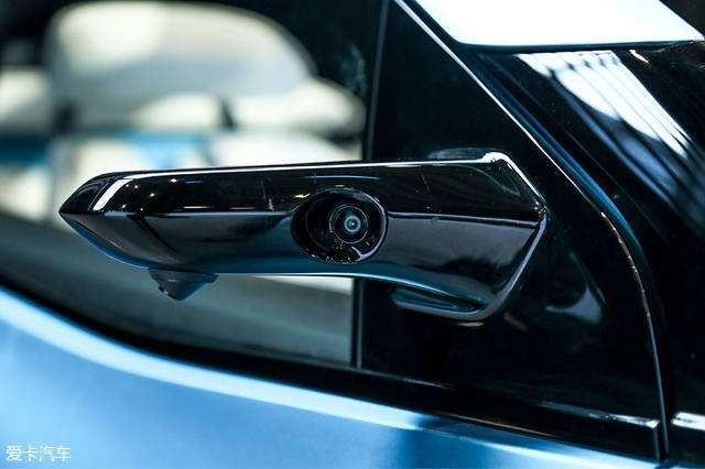 美国测试新技术 将用摄像头取代汽车后视镜