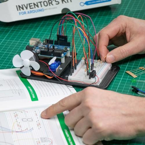e络盟新增Kitronik系列产品和配件,适用于micro:bit、Arduino及 Raspberry Pi