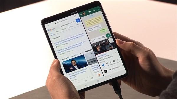 传三星明年推第二款可折叠手机:翻盖设计,更便宜