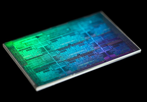 Intel加速7nm EUV工艺:2021年量产 Xe架构GPU首发