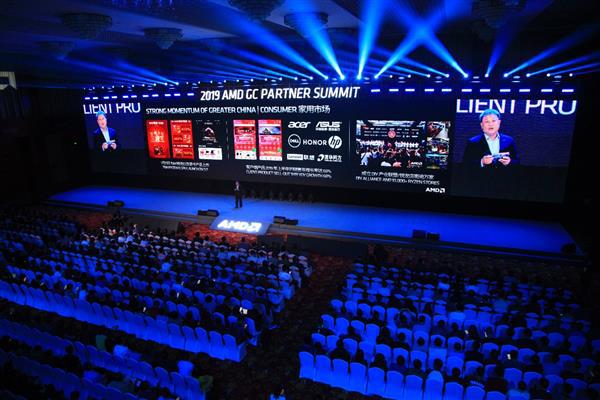"""AMD合作伙伴峰會展示全新生態系統:7nm顯卡、CPU煥然一""""芯"""""""