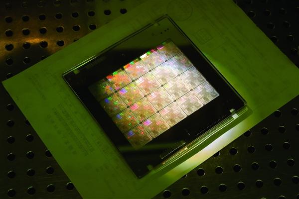 中国为何没有三星这样的芯片巨头?紫光董事长如是说
