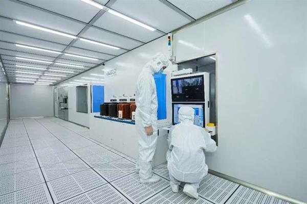 万业企业:旗下集成电路离子注入机进入晶圆验证阶段