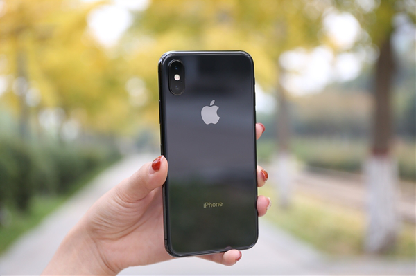 苹果与Imagination重归于好:iPhone又能用PowerVR GPU了?