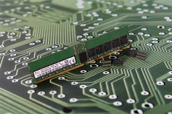 内存现货价狂飙 1月份以来DDR4内存涨价17%