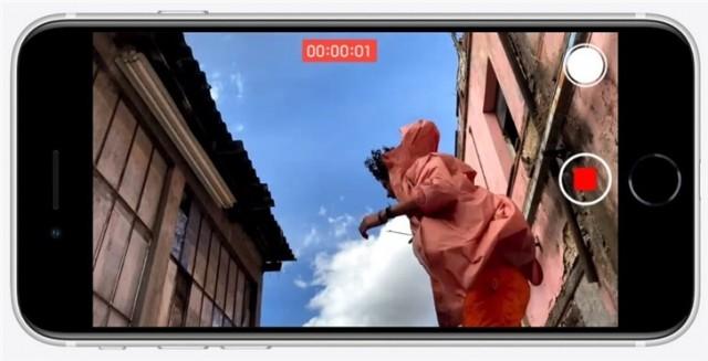 """别着急:苹果可能还准备了一款""""iPhone SE Plus"""""""