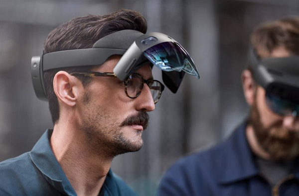 微软Hololens 2 VR眼镜将推出:骁龙850加持 价格感人!
