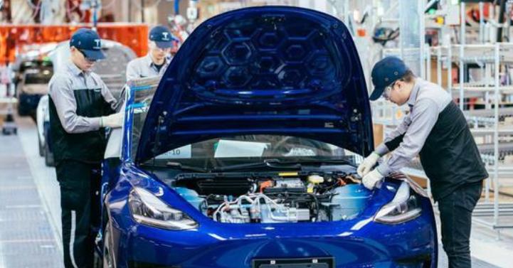 特斯拉获得工信部批准:可以生产使用磷酸锂铁电池的Model 3
