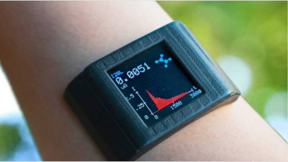 工程師研發出智能手表薄膜可檢測汗液中代謝物