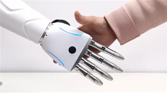 京东自研可穿戴AI仿生手:0.5秒快速识别肌电信号