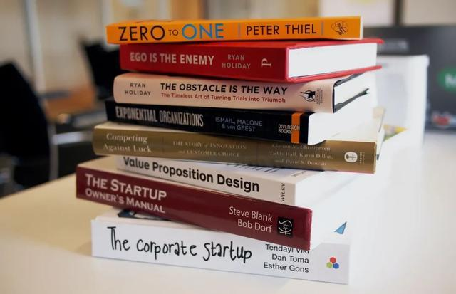 機器學習背后的數學支柱,這5本書幫你搞定!