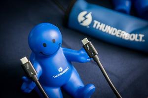英特尔:Thunderbolt 4透过一条传输线连接无限可能
