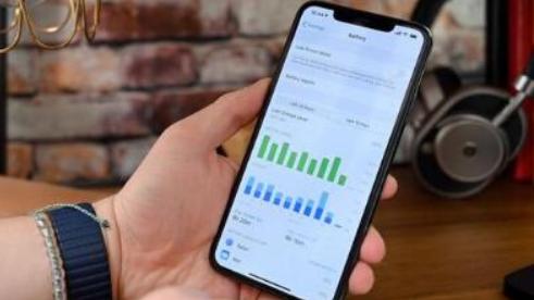 OLED面板采購量不達標 蘋果賠償三星約9.5億美元