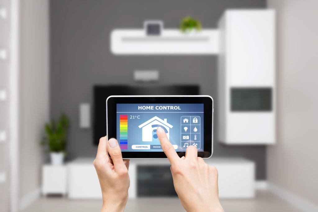 如何优化楼宇和家居自动化设计以提高能效