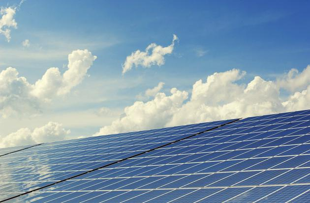 太阳能电池光电转换效率突破10%