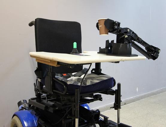 英特爾與埃森哲共同支持神經擬態研究項目,將為輪椅上的兒童帶來福音