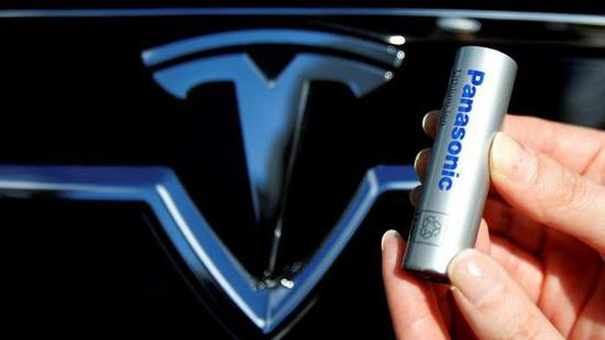松下安抚投资者:不担心特斯拉自主生产电池