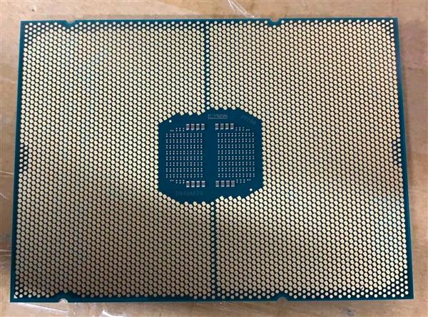 Intel第四代至强可扩展处理器Sapphire Rapids实物照曝光:双芯设计
