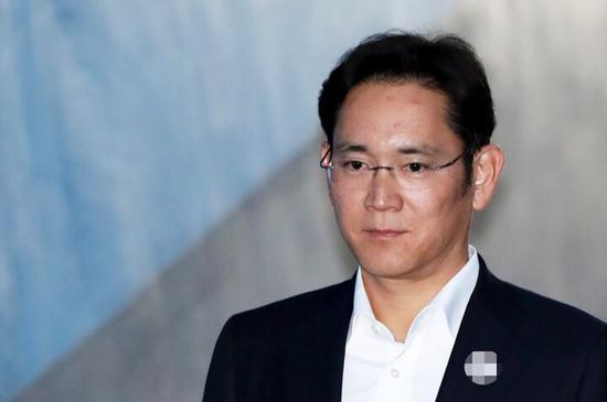 韓聯社:三星掌門人李在镕獲刑2年半 當庭被捕