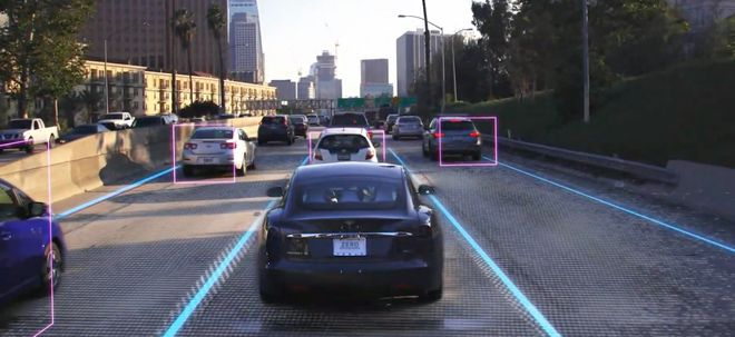 特斯拉将在第二季度推出全自动驾驶订阅服务