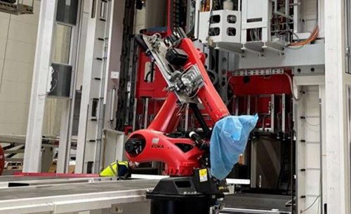 特斯拉柏林超级工厂也已安装美的旗下库卡工业机器人