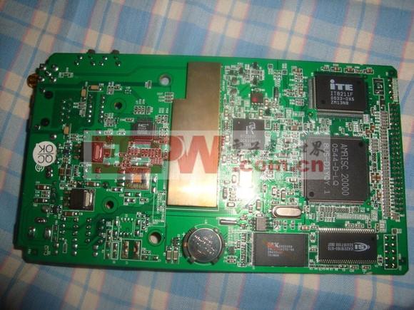 远程控制小车 OFweek电子工程网