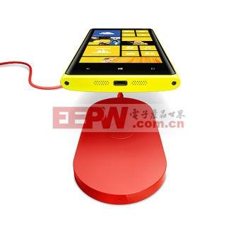 Nokia Lumia 920无线充电示意图