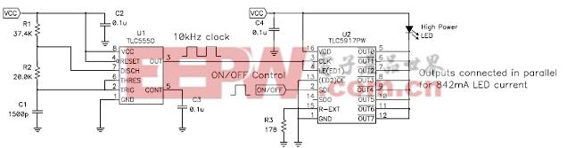图 1 TLC555 定时器代替 LED 驱动器的微处理器 TLC5917 输出可以驱动八个独立 LED,或者也可以并联其输出以提高电流能力来驱动单个更高功率的 LED。其内部电流设置寄存器具有默认启动值。这些值与Rext 共同设置 LED 电流。在这种应用中,Rext 将每个输出的电流设置为 IOUT = 18.