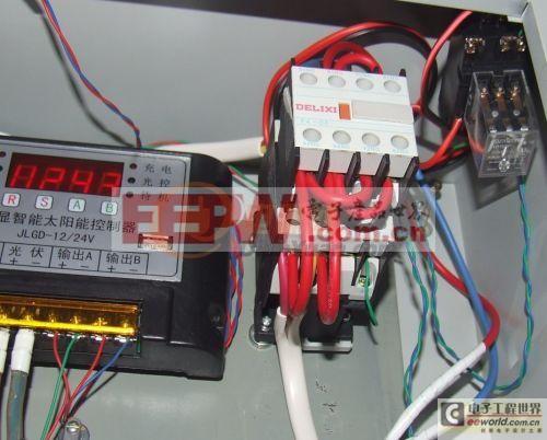 交流接触器实现逆变器和市电自动切换